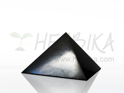 Shungite Pyramid 5×5 cm, polished, original Karelia