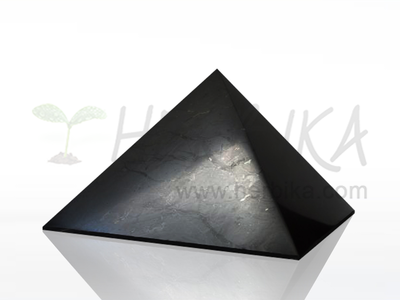 Shungite Pyramid 8×8 cm, polished, original Karelia
